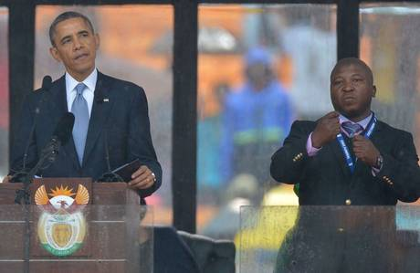 Mandela sign language interpreter was not working under the recommended conditions for AIIC interpreters
